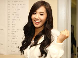 yes she so beautiful for me..^^