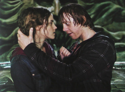 Hermione with ron? Or Hermione with Harry? - Harry Potter ...