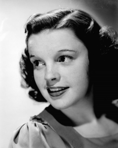 Judy Garland. (If she was still alive. She's my favoriete singer of all time, and was a beautiful, beautiful woman. Too bad she had such a hard life. Rest in peace.) Gene Wilder. (He's just an AMAZING actor, and a very hilarious man.) J.K. Rowling. (My favoriete author. I would really love to talk to her about Harry Potter and ask her about what it was like writing the series.) Evanna Lynch. (OMG SHE IS SO ADORABLE. I really want to meet her. She's the perfect Luna.) Daniel Radcliffe. (He is SO adorable. I'd love to talk to him and get to know him, and talk about our likes and dislikes.)