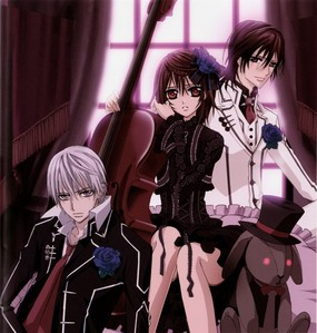YES! TOTALLY AGREE! Please, mais Vampire Knight!
