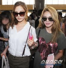 seohyun and hyoyeon