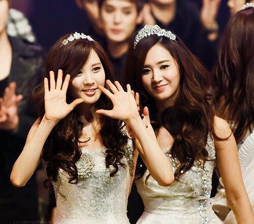 group one : Yuri group two : Seohyun