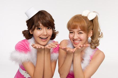 1.hyoyeon 2.sooyoung