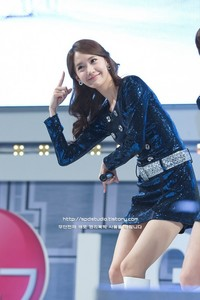 Yoona in deep blue :)