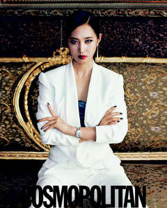 my fave Yuri to, n my fave color is white…^^