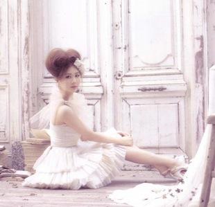 My inayopendelewa : Seohyun in my fav color, white )