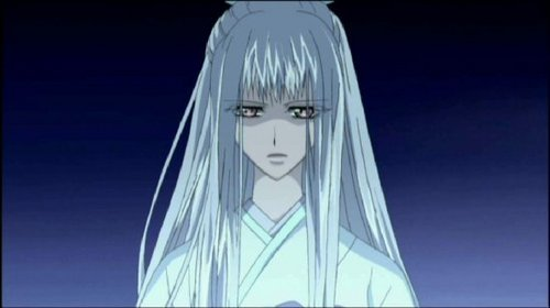 I think Shizuka from Vampire Knight is beautiful