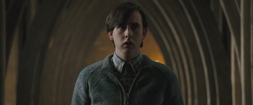Neville becuzz heeess soooo much hawter than dat fool Dracoo. Seriously, though, Neville was brave, while Draco was just a submissive coward. That's my simple answer. Any Mehr complex and I would have just reiterated what MoonshoesPerry and others have said.