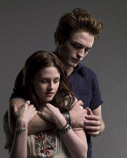 Twilight is better because it is so romantic! <3