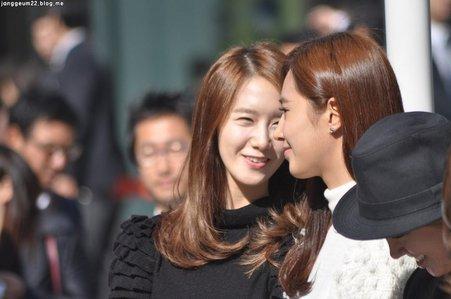 1.Yuri 2.Yoona
