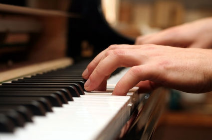 in 10 years I will be at my Pianoforte making beautiful Musica for people to hear all over the world (: