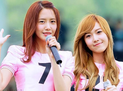 i 愛 yoonyul and yonnhyun but for now i post this..