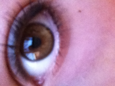 "Mai Brown eyes!!! My mom says that the song ""Brown eyed girl"" Was made for me <3 Lawlz!"
