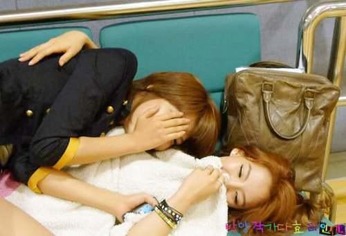 Sooyoung and Hyoyeon Yuri And Hyoyeon Sunny And Hyoyeon Seohyun and Hyoyeon :D