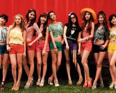1)Yuri 2)hyoyeon 3)sunny 4)Sooyoung 5)Taeyeon 6)Jessica 7)Yoona 8)Tiffany 9)Seohyun