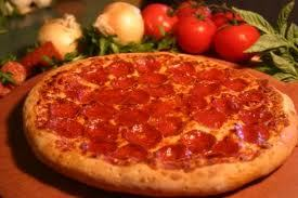 Pizza....Who ever a dit desserts have to be candy...