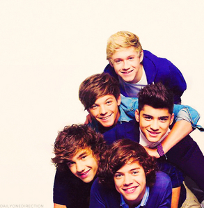 Why do I love 1D? hmmmmm there are just so many reasons as to why I love them words cannot describe how much they mean to me They have voices like angels :)