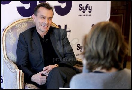 Knepper´s smile makes him look even 더 많이 evil but I 사랑 it.