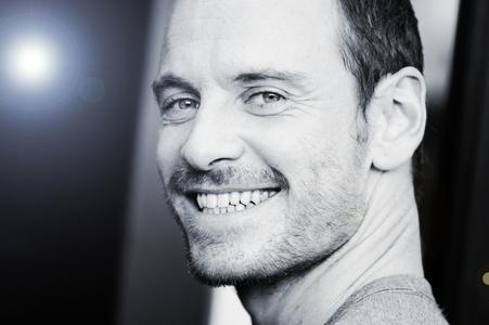 Michael Fassbender!!! I 사랑 his smile!!!