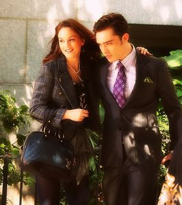 I believe she's on her way to loving him again. The connection they made while they scheming was the one that most Chair fans fell for. The end was especially the best; Blair was trying to protect Chuck and he reminded her of everything they had been through. I feel they will reconnect more next week. At least I hope.