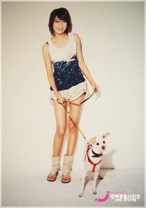 Of course Sooyoungie!! She got golden legs!!