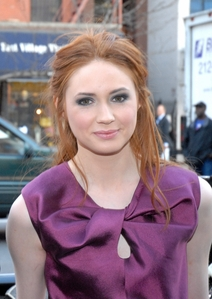 I have alot. But Karen Gillan is my favourite crush. :3