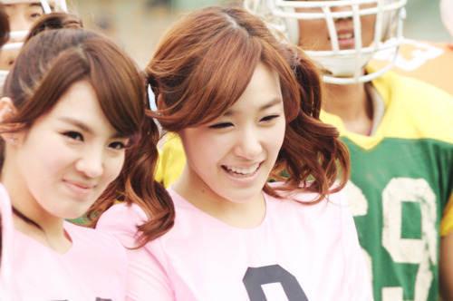 Funny: Hyoyeon Sad: Tiffany