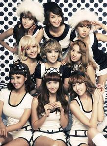 Of course it's SNSD/Soshi/Girls' Generation!!! I love their singing,dancing and rapping...SNSD fighting!!!!