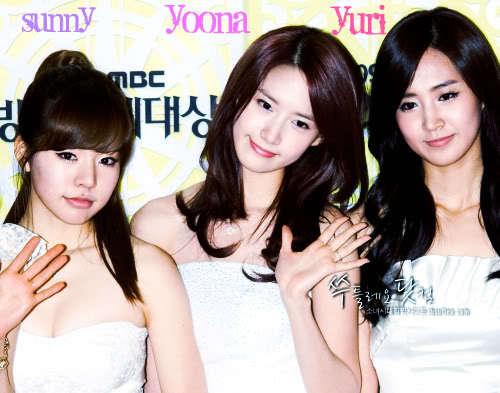 i want Yoona,Yuri and sunny