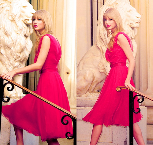 She has so many dresses that are pretty, it's so hard to choose! But here's one of my fave <13