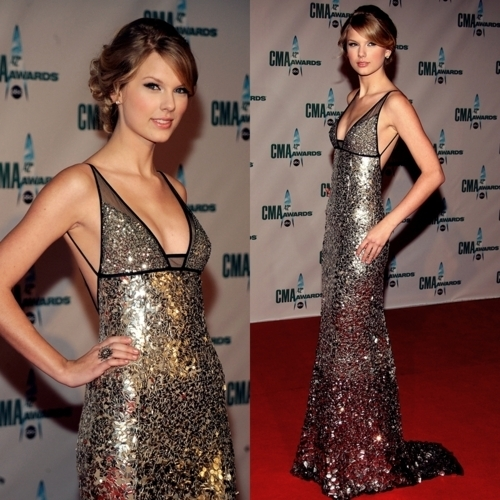 Here's Mine...it was hard to choose...she has so many pretty dresses...I cinta this one:)