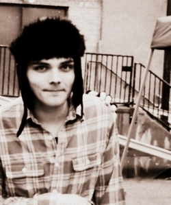 *Gerard Way *Andy Biersack [I]Yes. Andy and Gerard ARE NOT anime, but still count as a crush... ^^'[/i] *And this kid in my tahun level *0*