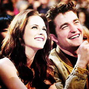 Do tu mean Kristen and Robert, right? Or, Bella and Edward?