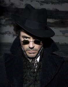 It was Sherlock Holmes when i firstly recognized him as the great actor he realy is. It is my favourite movie ever and I can watch it over and over without getting tired if it... Now I'm a big fan of him since 3 año i think and I'm looking adelante, hacia adelante to every movie he plays in! :D