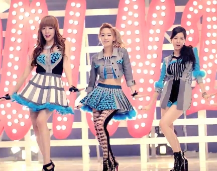 Their concept was really great :) I loved the outfits and styling.