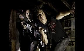 I wanna watch that show so bad D: Ghost Adventures B{)