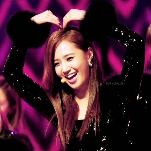 Yul! My ranking is: 1. Yuri 2. Fany 3. Yoo 4. Soo 5. Hyo 6. Tae 7. Sica 8. Sunny 9. Seo (Sorry)