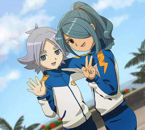 Blue, Red 或者 Black I pick blue cuz of them! XD Kazemaru and Fubuki!