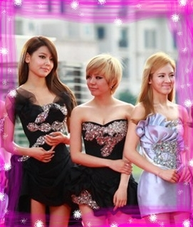 SooYoung, Sunny, and HyoYeon!! ♥♥♥♥ The concept for them should be a rock one au at least a sexy one :)