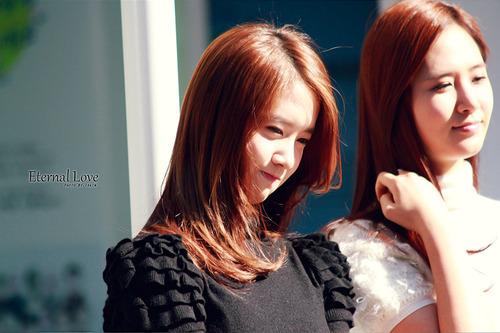 Yoona または Yuri GO YOONYUL!!!
