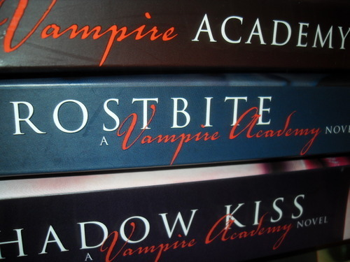 Vampire Academy Frostbite Shadow চুম্বন Blood Promise Spirit Bound Last Sacrifice
