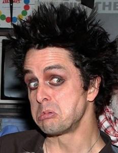mmmmmaaaaaaayyyyyyyybbbbbeeeeeeeeeee but this guy is più weirder than me..... but ciao normal is boring.....