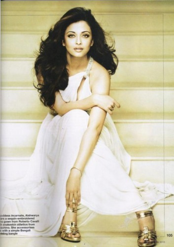mine -http://desiactresshot.files.wordpress.com/2010/07/aishwarya-rai-hot-in-black-ravaan-photos-123bolly-com-10.jpg