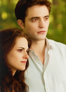Yes! Since Bella is human, her feelings are not as strong as that of Edward. After Bella became a vampire who fell in cinta it with the same intensity.