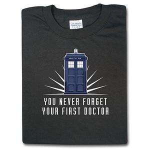 I want this camisa, camiseta so bad.