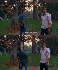 Jared Padalecki once made this blooper where he ripped his pants. (it's also my icono XD) So my friend explained our other friends how it happened. Then she ripped her own pants... My laugh was even más hysterical than Jensen's XD
