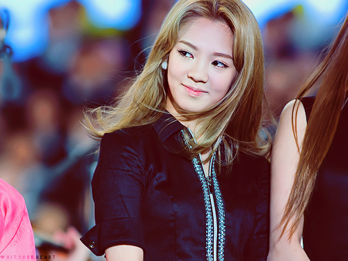 I don't think so, for me no one ugliest in SNSD including Hyo, they all looks beautiful, pretty, cute n charming..^^