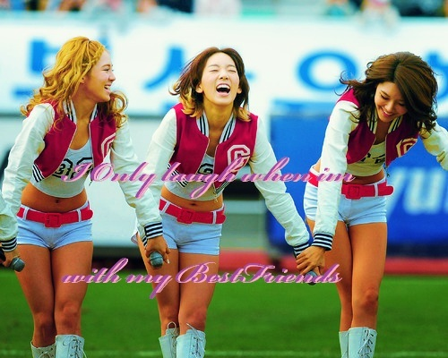 HyoYeon, Sooyoung, Taeyeon. For me :D Because i really like them. My three Ranking's :D Is that okay?
