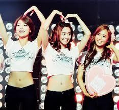 i can't say who is または isn't I can just give my opinion, I don't Sooyoung, Yoona, and Yuri all that pretty but that is because I just don't. They aren't ugly but no my taste in beauty