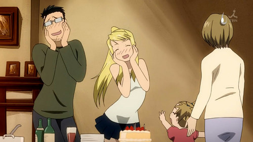 Winry rockbell and Maes hughes from Fullmetal alchemist X3